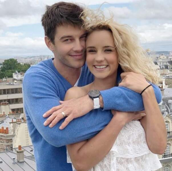 Elle est aussi très amoureuse de son mari Bertrand