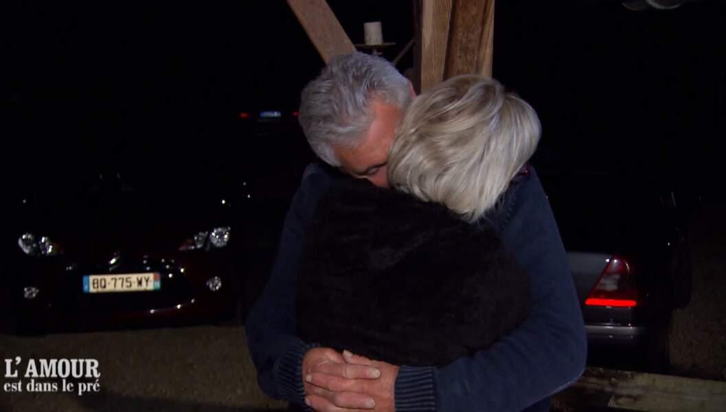 Et dès le premier soir à la ferme, Jean-Michel est tombé dans les bras de cette dernière