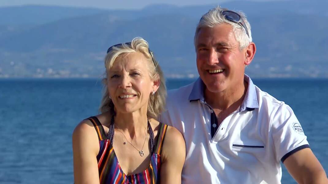 Après leur week-end en amoureux, Jean-Michel et Christine sont pleins d'espoir pour leur idylle...