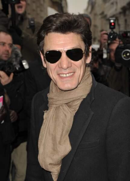2010, incognito au défilé haute-couture Chanel