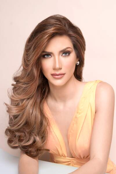 Miss Argentine : Mariana Jessica Varela