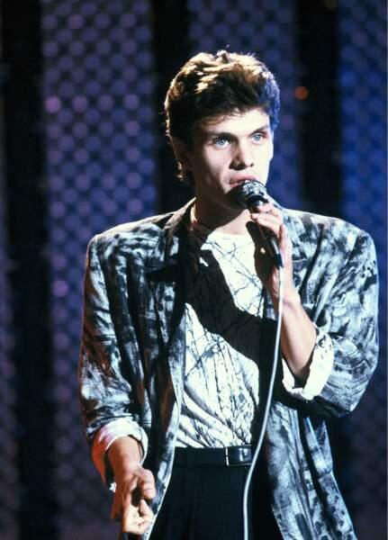 1984 , 1er album, 1er succès avec les Yeux révolver