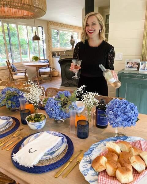 La décoration de table est au cordeau chez Reese Witherspoon
