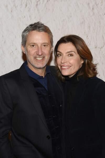 Depuis 2007, il est marié à la journaliste Daphné Roulier, avec qui il a eu un fils, Jules, en 2008