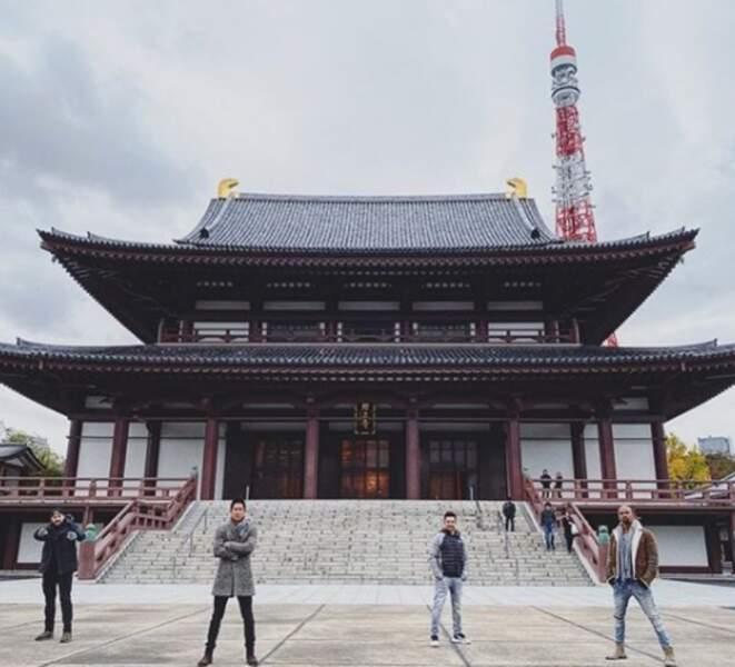 Shemar Moore (en bas à droite) et l'équipe de S.W.A.T. se sont rendus au Japon pour tourner un épisode