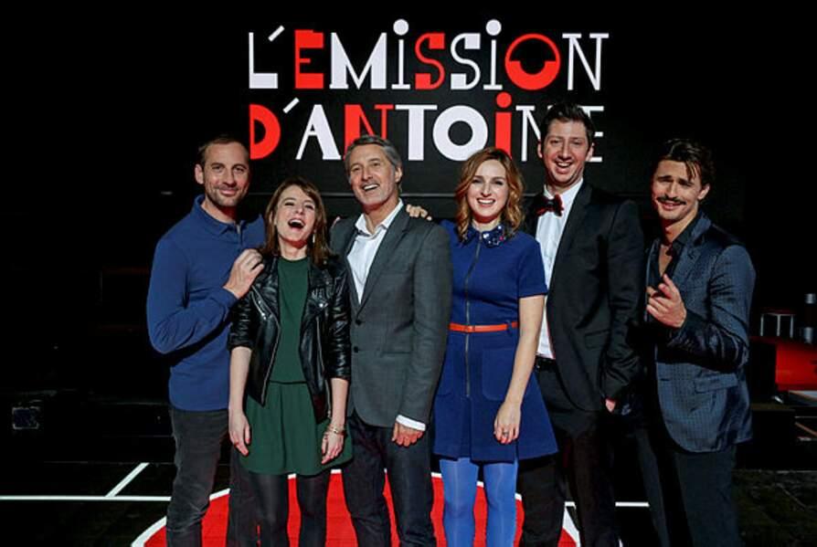 Entre 2015 et 2017, la jeune Alison Wheeler lui donne la réplique dans L'Émission d'Antoine sur Canal+