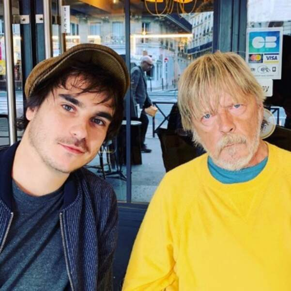 Gauvain Sers l'assure : Renaud va bien, même s'il n'aime pas sourire sur les photos.