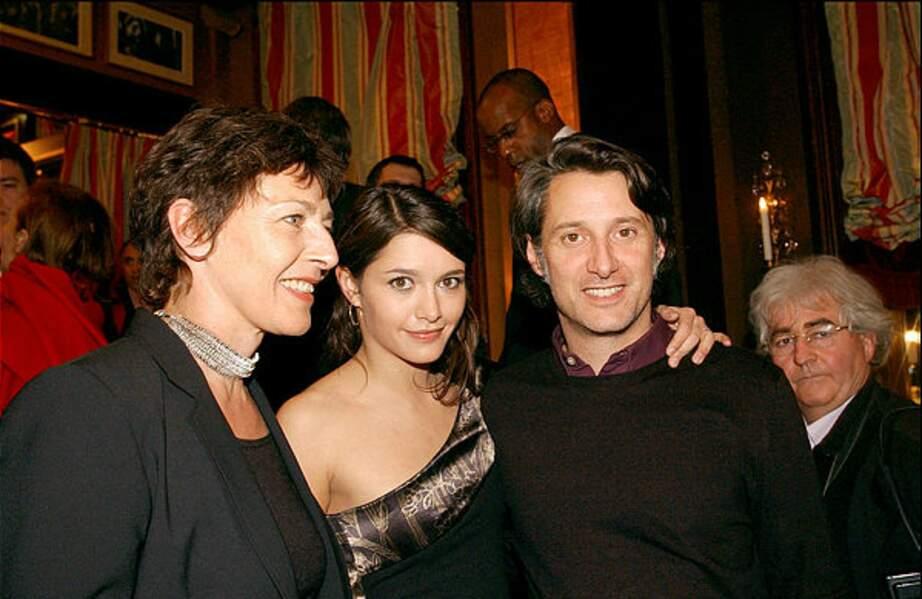 De son premier mariage avec la réalisatrice Gaëlle Royer, il a eu une fille, Emma