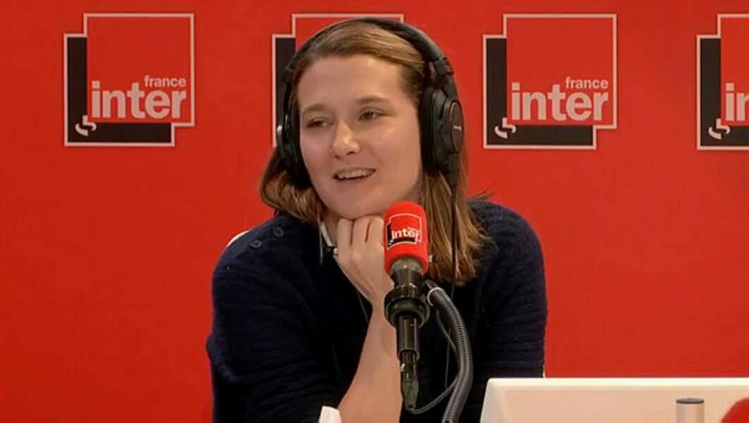 Depuis 2017, c'est avec Charline Roux qu'il s'amuse tous les jours sur France Inter dans Popopop