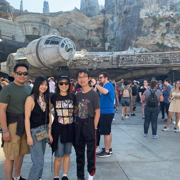 Ming-Na Wen (Marvel : les agents du SHIELD) est allée voir des attractions Star Wars en famille