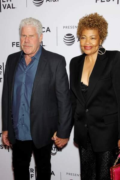 Le 10 mai, l'acteur Ron Perlman se sépare de son épouse Opal Stone après 40 ans de mariage