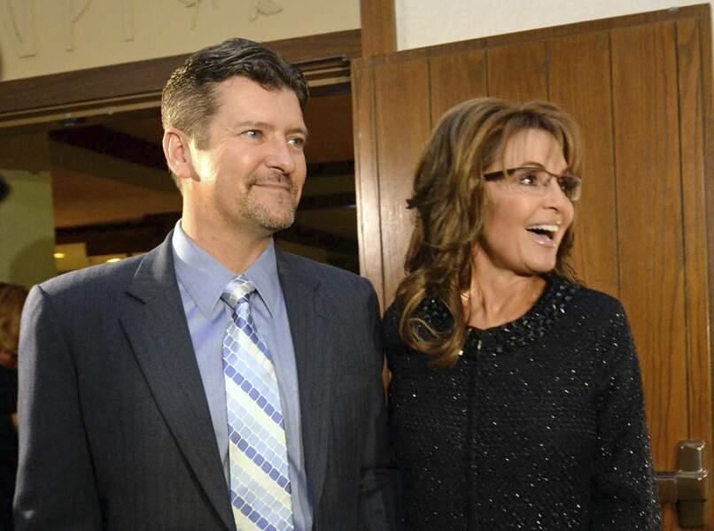 En 2008, Sarah Palin est la candidate désignée par le parti républicain pour accéder à la vice-présidence des Etats-Unis. En septembre dernier, son mari Todd demande le divorce