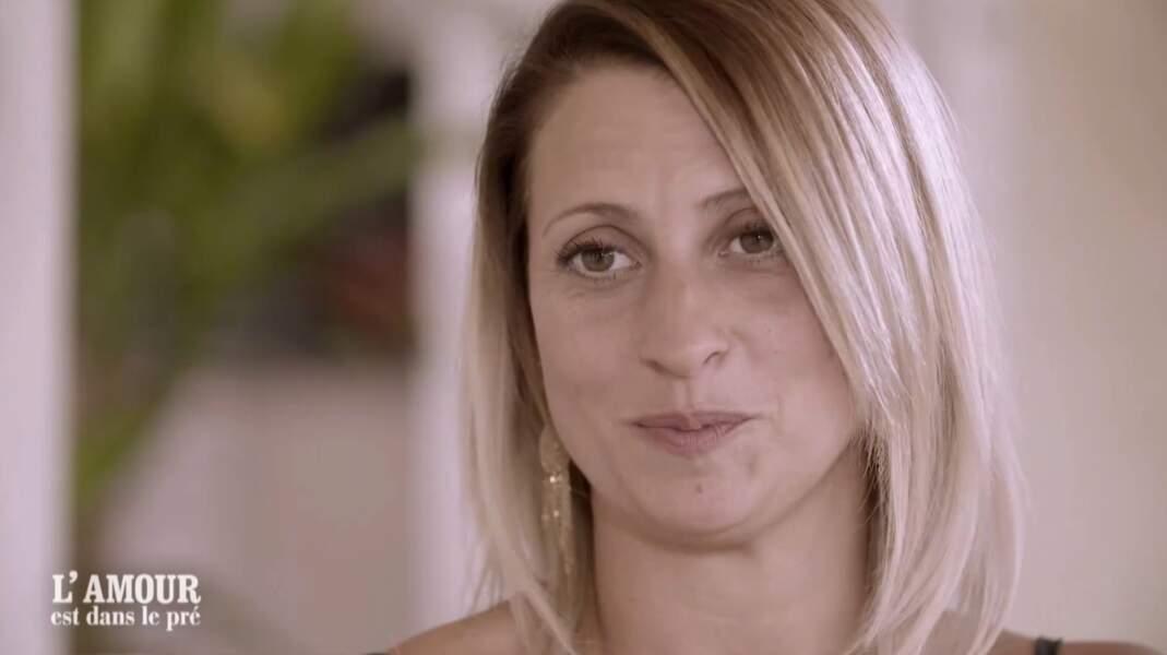 Sandrine, 33 ans, est éleveuse de chiens dans la région de Marseille