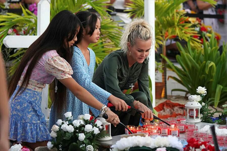 Laeticia Hallyday et ses filles ont décoré la tombe de Johnny Hallyday.