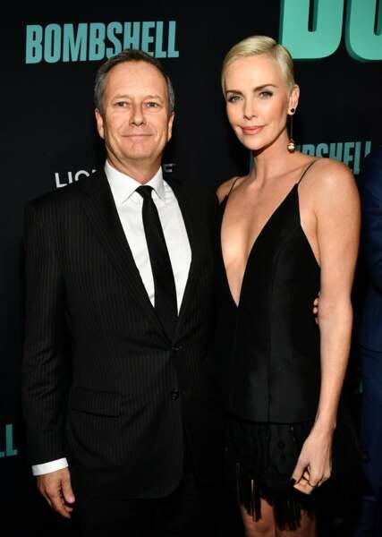 L'acteur Michael Burns et Charlize Theron