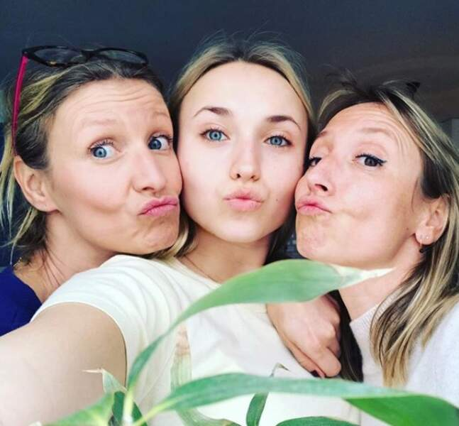 Avec sa fille Chloé et sa soeur Audrey