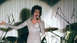 Whitney Houston de retour sur scène à Paris en 2020 !