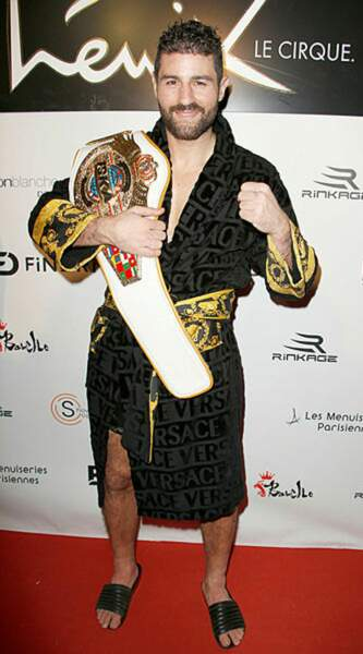 Tout ce petit monde a pu célébrer le quintuple champion du monde Cyril Benzaquen !