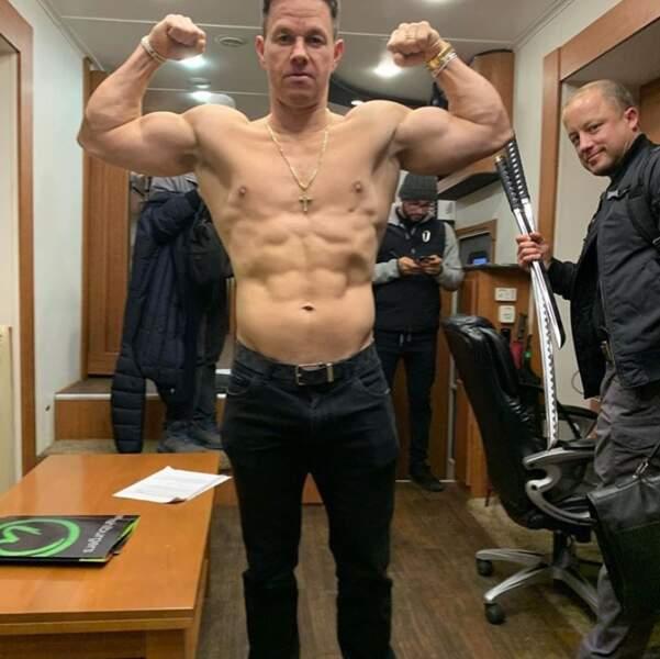 Et Mark Wahlberg a carrément fait tomber la chemise.