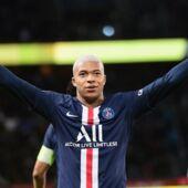 """""""Il est là pour marquer l'histoire"""", l'hommage de Marquinhos à Mbappé après son nouveau show face à Amiens"""