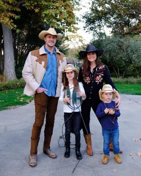La famille toujours unie, que ce soit version cowboy...