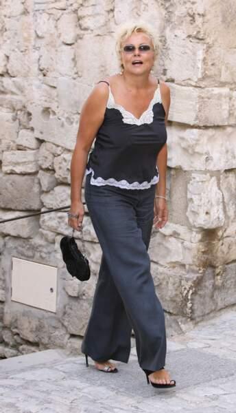 Invitée  à Baux- de- Provence pour célébrer le mariage de son ami Jean RENO le 29/07/2006.