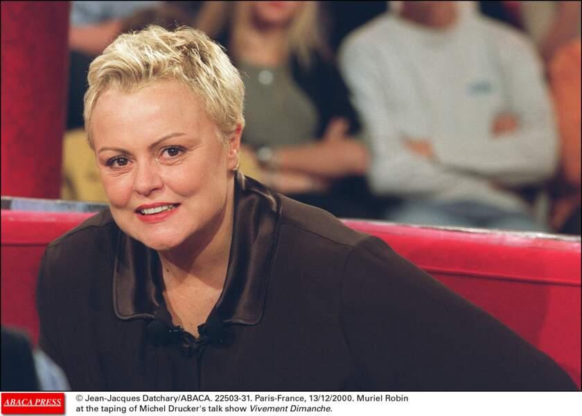 """Sur le plateau du Talk show """"Vivement Dimanche"""" en décembre 2000"""