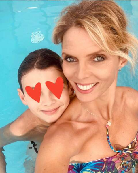 Elle est maman de trois enfants : Oscar, Margaux et Roméo qu'elle aime montrer sur compte Instagram