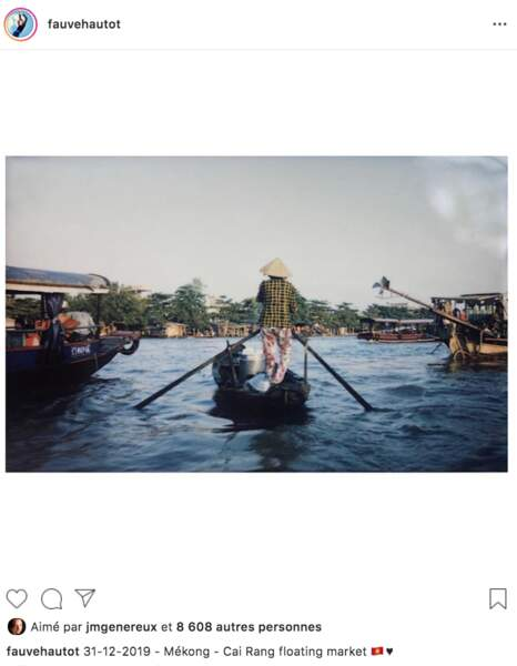 Fauve Hautot a fini 2019 en visitant le marché flottant de Cai Rang, sur le Mékong