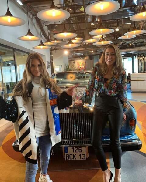 À Paris avec Adixia, devant une Rolls Royce immatriculée à Marseille : ça ne s'invente pas !