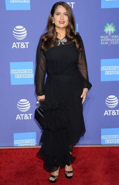 Salma Hayek a opté pour un total look noir
