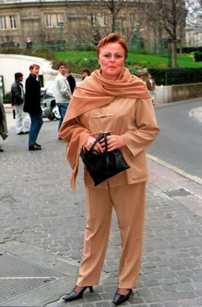 Paris, Mars 2000, invitée au mariage de Claire Chazal à L'Eglise St.Eustache à Paris .