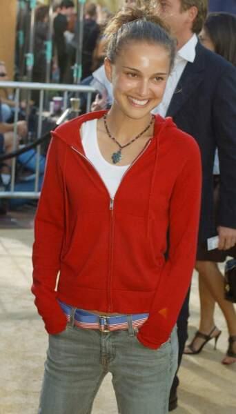 Miss Portman est une jeune actrice de 21 ans au look casual, comme ici lors d'une avant-première à Los Angeles