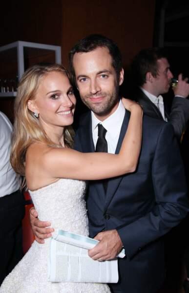 """Le couple s'est rencontré sur le tournage de """"Black Swan"""". En décembre 2010, il annonce simultanément ses fiançailles et la grossesse de Natalie"""