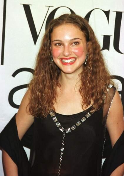 Tout sourire lors des Fashion Awards au Madison Square Garden de New York en 2000