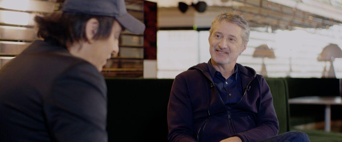 Antoine de Caunes : Canal+, Danse avec les stars, Yann Barthès, Michel Denisot, Vincent Bolloré... Il se confi