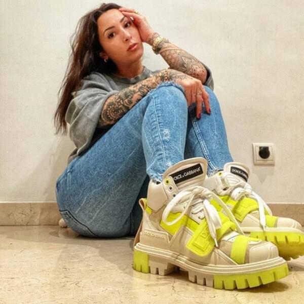 Âgée de 28 ans, la jeune femme est une véritable fan de mode et de beauté