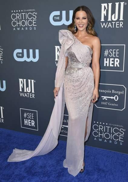 Kate Beckinsale était tout sourire pendant la soirée