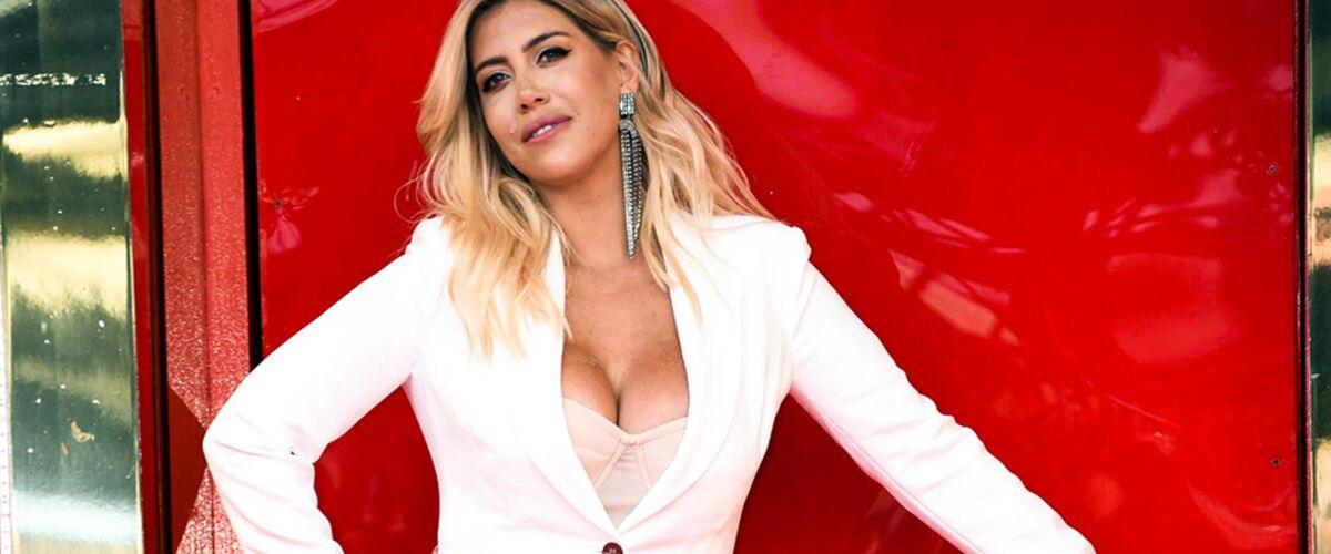Wanda Icardi, provocante et dénudée : sa photo très osée au pied de la Tour Eiffel !