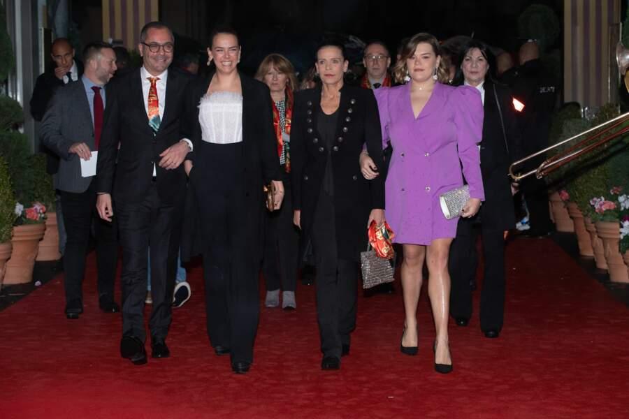 Deuxième jour du 44e Festival du cirque de Monaco : la princesse Stéphanie entourée de ses deux filles, Pauline Ducruet et Camille Gottlieb