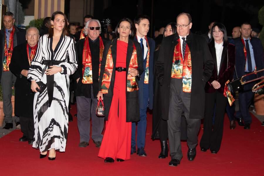 Pauline Ducruet, la princesse Stéphanie, Louis Ducruet, l'épouse de ce dernier, Marie, et le prince Albert II de Monaco au lancement du 44e Festival du cirque de Monaco jeudi 16 janvier