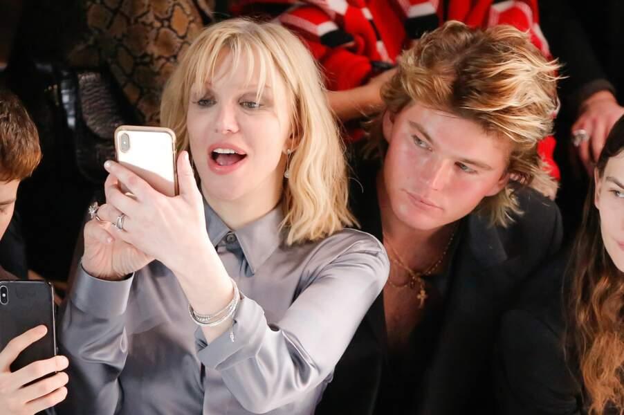 Courtney Love et Jordan Barrett au défilé Dior Homme