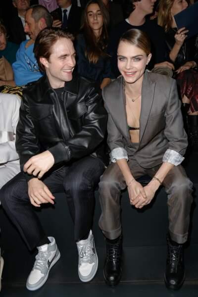 Robert Pattinson et Cara Delevingne au défilé Dior Homme