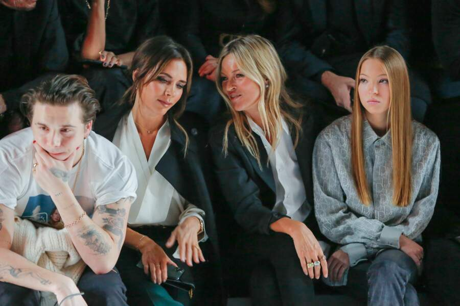 Victoria Beckham et Kate Moss complices au défilé Dior Homme