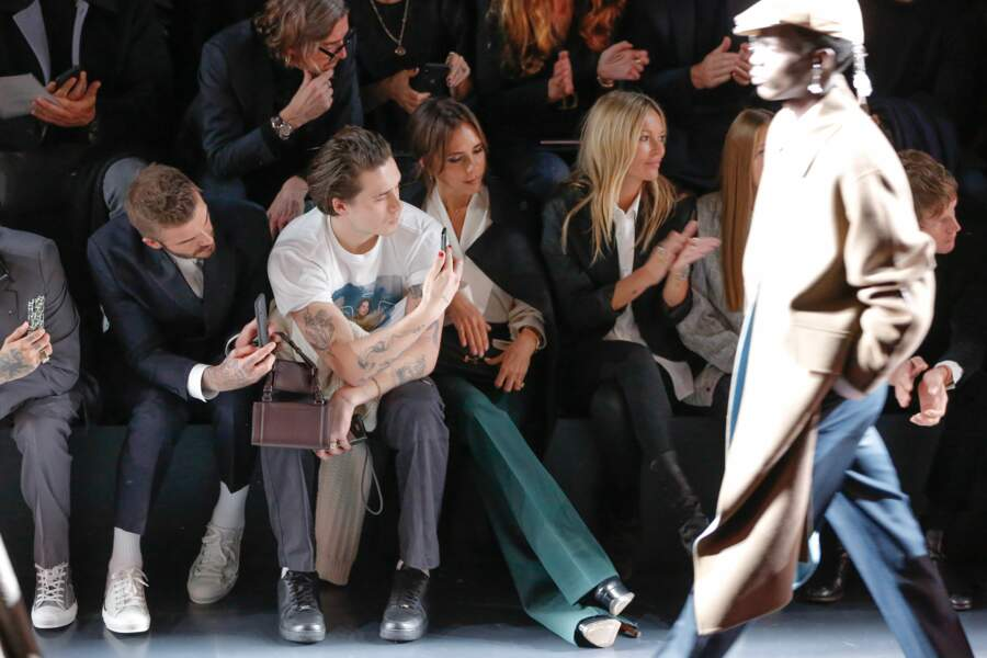 David Beckham, Brooklyn Beckham, Victoria Beckham et Kate Moss au premier rang au défilé Dior Homme