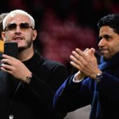 DJ Snake : le célèbre producteur dévoile un 4e maillot du PSG ! (VIDEO)