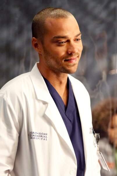 Juste un regard ou un sourire de Jackson de Grey's Anatomy… Et vous lui enlèverez vite sa blouse !