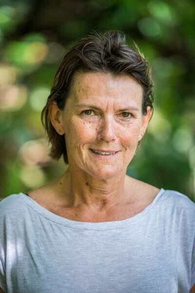 Valérie, 58 ans, est présidente d'une association