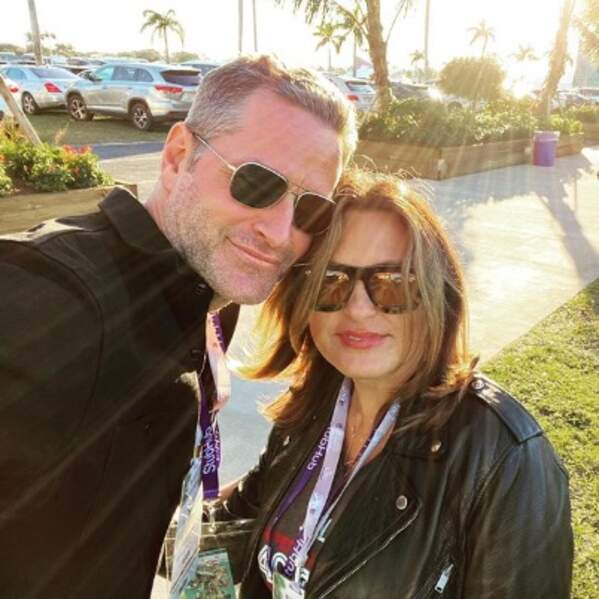 Mariska Hargitay et son mari Peter étaient à Miami pour assister au Super Bowl.