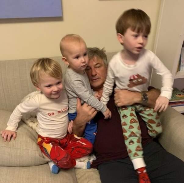 Alec Baldwin et ses trois garçons : Leonardo, Romeo et Rafael.